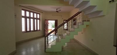 Gallery Cover Image of 1500 Sq.ft 3 BHK Independent House for rent in Murugeshpalya for 40000