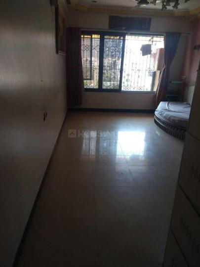Living Room Image of 1000 Sq.ft 2 BHK Apartment for rent in Borivali West for 45000