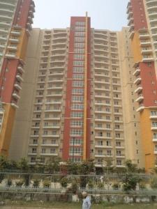 Gallery Cover Image of 1500 Sq.ft 2 BHK Apartment for buy in Sector 75 for 4350000