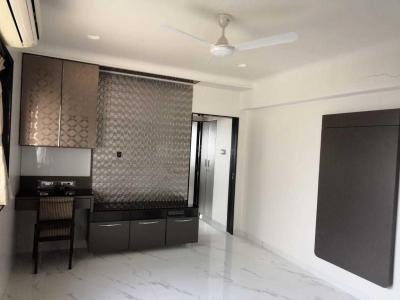 Gallery Cover Image of 620 Sq.ft 1 BHK Apartment for rent in Worli for 80000