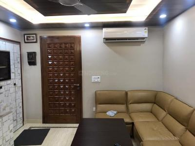 Gallery Cover Image of 1500 Sq.ft 2 BHK Independent Floor for rent in Saket RWA, Saket for 50000