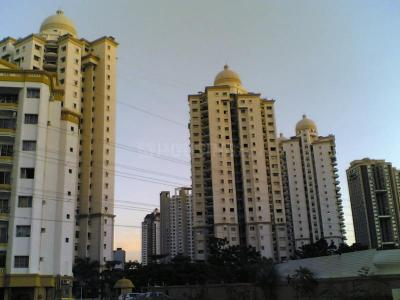 Gallery Cover Image of 950 Sq.ft 2 BHK Apartment for rent in Kandivali East for 42000