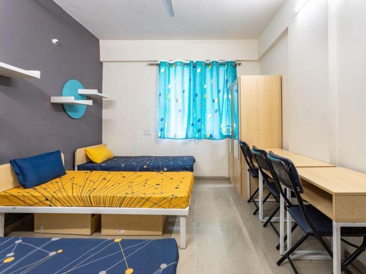 डोमलूर लेआउट में ओम साई पीजी के हॉल की तस्वीर