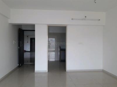 Gallery Cover Image of 1050 Sq.ft 2 BHK Apartment for buy in Thane West for 12500000