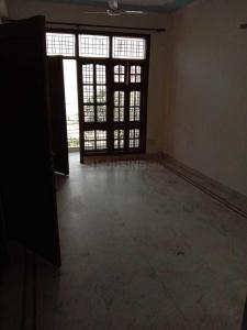 Gallery Cover Image of 900 Sq.ft 2 BHK Independent Floor for rent in Sector 51 for 18000