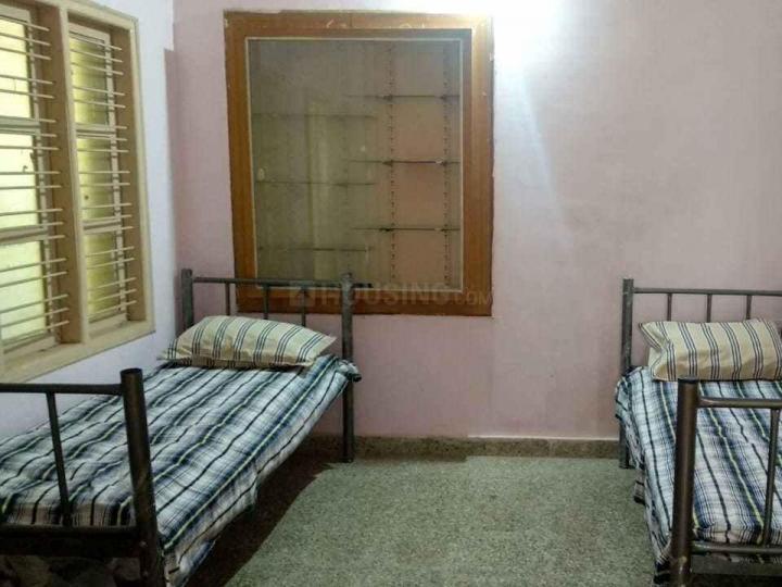 एमईआई एम्प्लॉईस हाउसिंग कॉलोनी में साई रेसिडेंसी पीजी के बेडरूम की तस्वीर