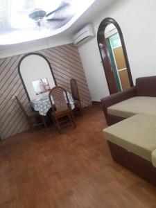 Gallery Cover Image of 800 Sq.ft 2 BHK Apartment for rent in Bandra West for 70000