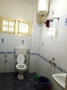 Common Bathroom Image of Dream House Ladies PG With Homely Food in HSR Layout