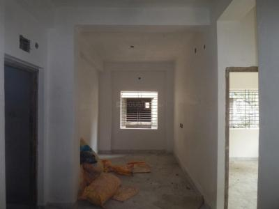 Gallery Cover Image of 850 Sq.ft 2 BHK Apartment for buy in Behala for 3400000