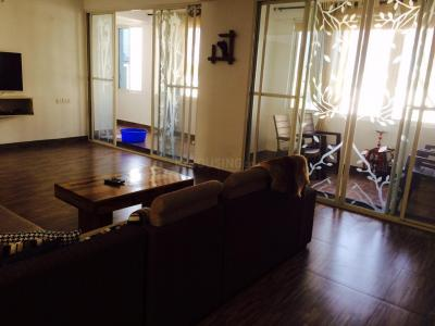 Gallery Cover Image of 3000 Sq.ft 3 BHK Apartment for rent in Banjara Hills for 55000
