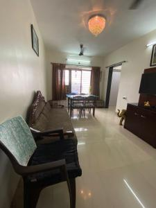 Gallery Cover Image of 650 Sq.ft 2 BHK Apartment for buy in Lloyd Estate, Wadala for 13600000