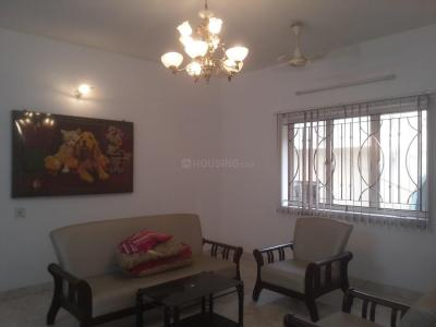 Gallery Cover Image of 1500 Sq.ft 3 BHK Apartment for rent in Kodambakkam for 30000