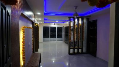 Gallery Cover Image of 1945 Sq.ft 3 BHK Apartment for rent in SMR Vinay Fountainhead, Hafeezpet for 35000