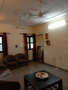 Gallery Cover Image of 1050 Sq.ft 2 BHK Apartment for rent in Sector 19 Dwarka for 22000