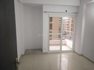 Gallery Cover Image of 950 Sq.ft 2 BHK Apartment for buy in Sector 134 for 3400000