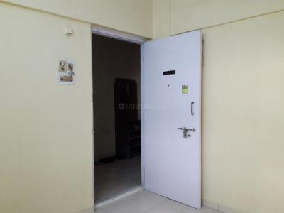 Gallery Cover Image of 350 Sq.ft 1 RK Apartment for rent in Kandivali East for 11000
