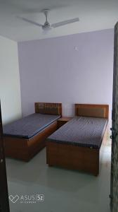 Gallery Cover Image of 400 Sq.ft 1 BHK Independent Floor for rent in Sector 39 for 14000