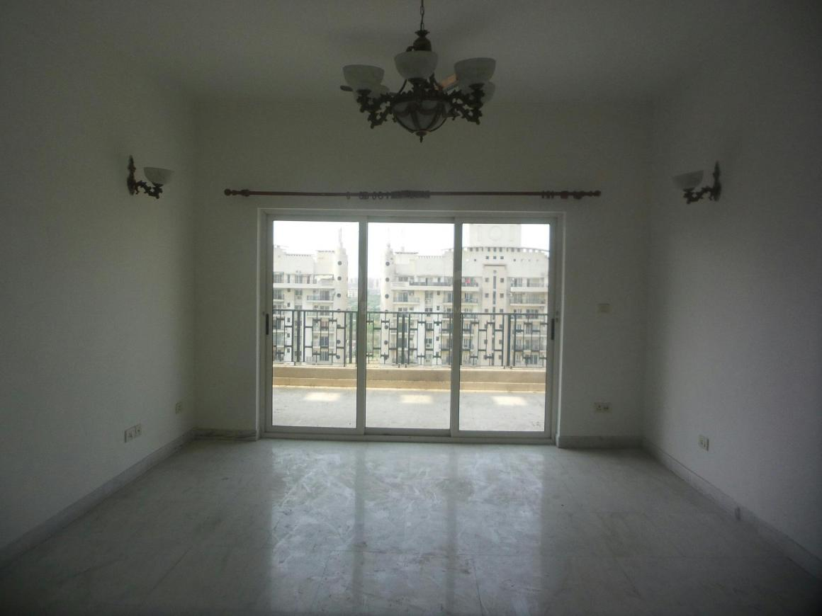 Bedroom Image of 1750 Sq.ft 3 BHK Apartment for rent in Chi IV Greater Noida for 18000
