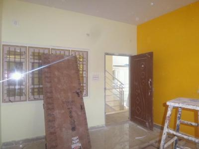 Gallery Cover Image of 800 Sq.ft 2 BHK Apartment for rent in Chandapura for 8500