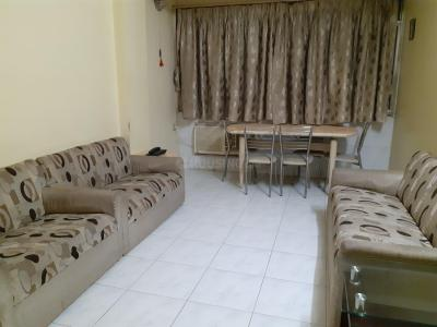 Gallery Cover Image of 900 Sq.ft 3 BHK Apartment for rent in Malad West for 50000