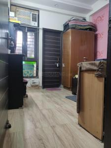 Gallery Cover Image of 800 Sq.ft 2 BHK Independent Floor for rent in Niti Khand for 13200