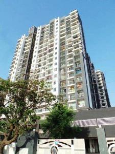 Building Image of 2bhk Flat - Sharing With 1 Person. in Malad West