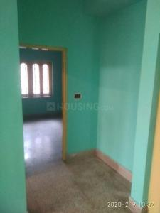Gallery Cover Image of 775 Sq.ft 2 BHK Apartment for rent in South Dum Dum for 8500