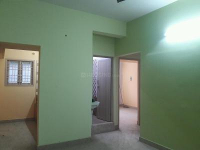 Gallery Cover Image of 760 Sq.ft 2 BHK Apartment for buy in Kolathur for 3200000