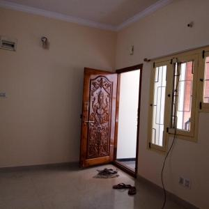 Gallery Cover Image of 1000 Sq.ft 2 BHK Independent Floor for rent in Ulsoor for 25000