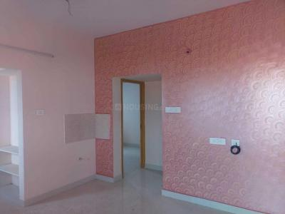 Gallery Cover Image of 770 Sq.ft 2 BHK Apartment for rent in Ambattur for 11000
