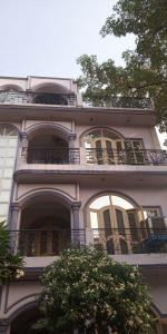 Gallery Cover Image of 1200 Sq.ft 2 BHK Independent Floor for rent in Delta I Greater Noida for 9000