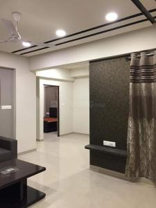 Gallery Cover Image of 1130 Sq.ft 2 BHK Apartment for rent in Shyam Padmavati Residency, Ambawadi for 25000