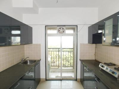 Gallery Cover Image of 865 Sq.ft 2 BHK Apartment for buy in Nahar Yarrow Yucca Vinca, Powai for 18500000