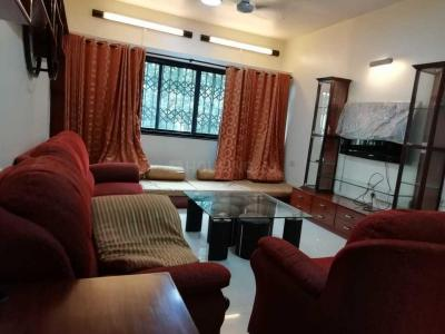Gallery Cover Image of 1350 Sq.ft 3 BHK Apartment for rent in Prabhadevi for 90000