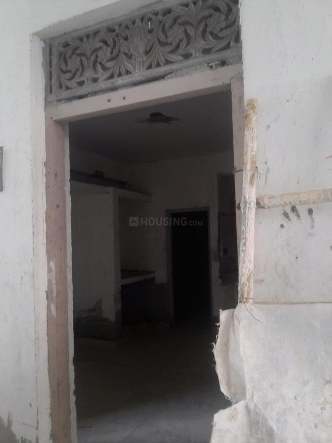 Main Entrance Image of 250 Sq.ft 1 RK Apartment for rent in DLF Phase 1 for 6500
