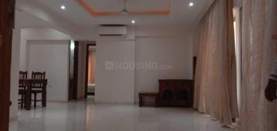 Gallery Cover Image of 2000 Sq.ft 4 BHK Apartment for rent in Santacruz West for 235000