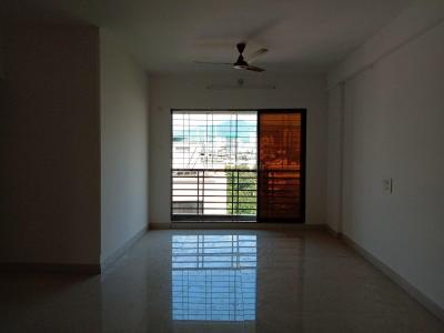 Gallery Cover Image of 1050 Sq.ft 2 BHK Apartment for rent in Mulund East for 35000