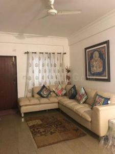 Gallery Cover Image of 1450 Sq.ft 2 BHK Apartment for rent in Adugodi for 42000
