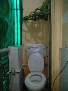 Bathroom Image of Unique Home PG in Sector 11