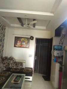 Gallery Cover Image of 1000 Sq.ft 2 BHK Independent Floor for rent in Sector 21 Rohini for 14000