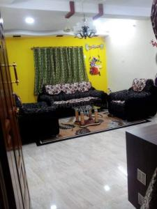 Gallery Cover Image of 1200 Sq.ft 2 BHK Apartment for rent in Mugalivakkam for 20000