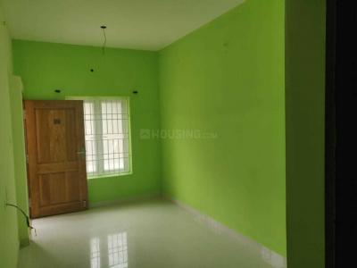 Gallery Cover Image of 1650 Sq.ft 3 BHK Independent House for rent in Viva Varsha, Pozhichalur for 20000