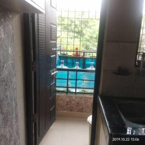 Gallery Cover Image of 163 Sq.ft 2 BHK Apartment for buy in Somajiguda for 5400000