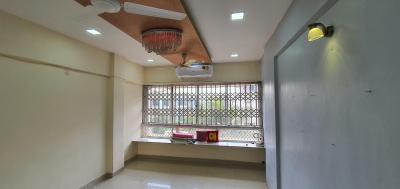 Gallery Cover Image of 525 Sq.ft 1 BHK Apartment for rent in Malad West for 21000