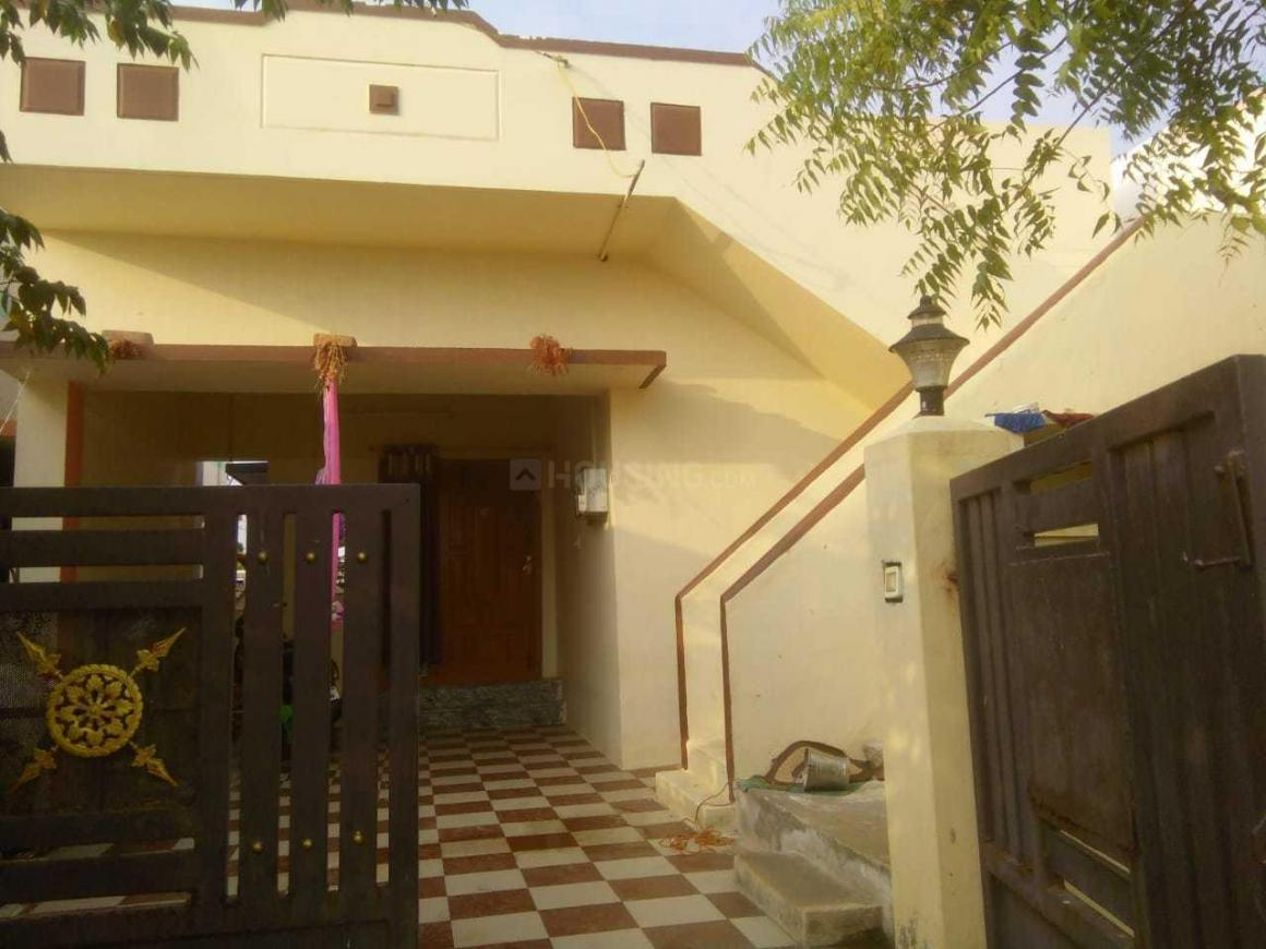 Main Entrance Image of 1500 Sq.ft 2 BHK Independent House for buy in Kailasampalayam for 2900000
