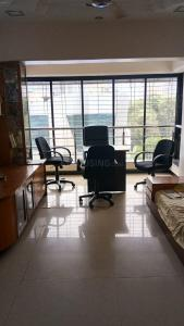 Gallery Cover Image of 950 Sq.ft 1 BHK Apartment for rent in Prabhadevi for 80000