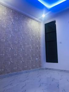 Gallery Cover Image of 700 Sq.ft 1 BHK Independent Floor for buy in Shakti Khand for 2500000