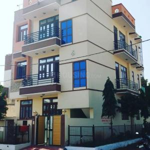 Gallery Cover Image of  Sq.ft Residential Plot for buy in Mansarovar for 15000000