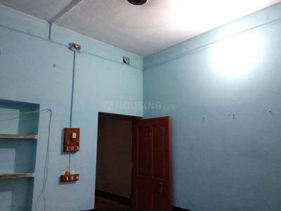 Gallery Cover Image of 750 Sq.ft 2 BHK Independent House for rent in Dhakuria for 9000