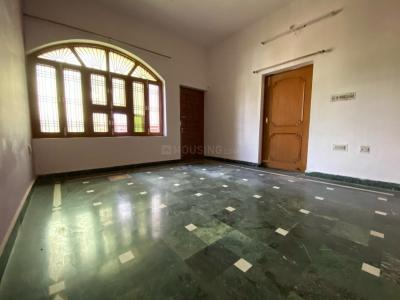 Gallery Cover Image of 1000 Sq.ft 2 BHK Independent Floor for rent in LDA Colony for 14000